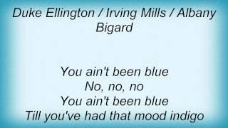 Watch Billie Holiday Mood Indigo video