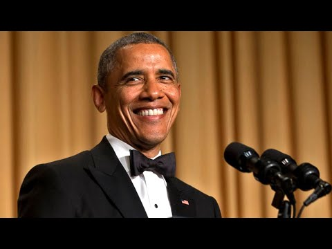 Obama DESTROYS Trump To His Face At 2011 White House Correspondent s Dinner