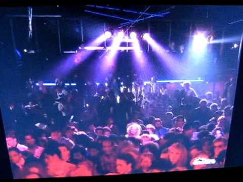Dez Dickerson - I Want 2 BA Modernaire - Purple Rain Club Scene