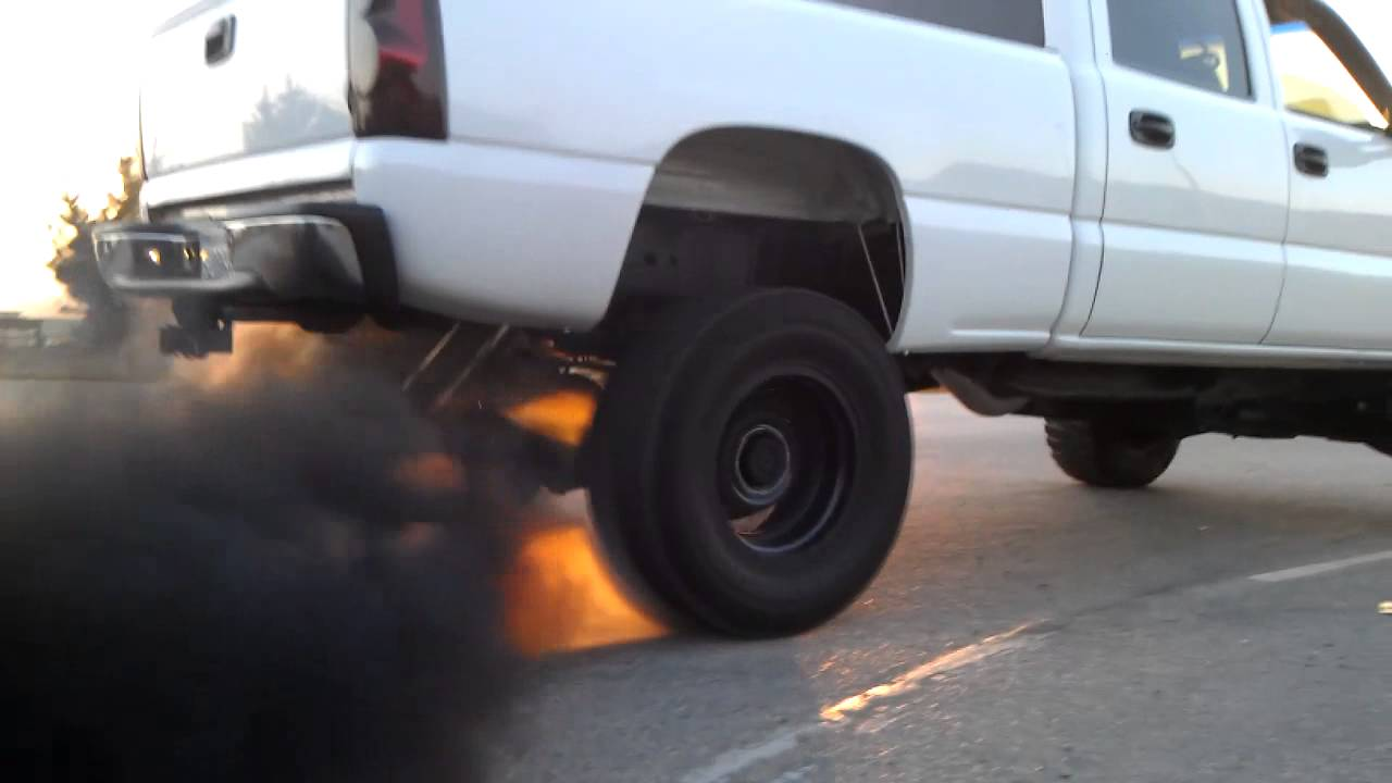 03 Duramax Burnout Smoke Stealth 2 Race 5 U0026quot  Exhaust