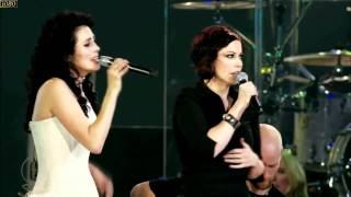 Клип Within Temptation - Somewhere ft. Anneke Van Giersbergen (live)