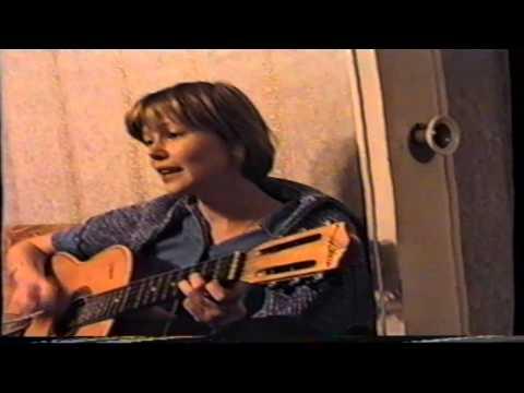 Ёлкина поёт Ангелов