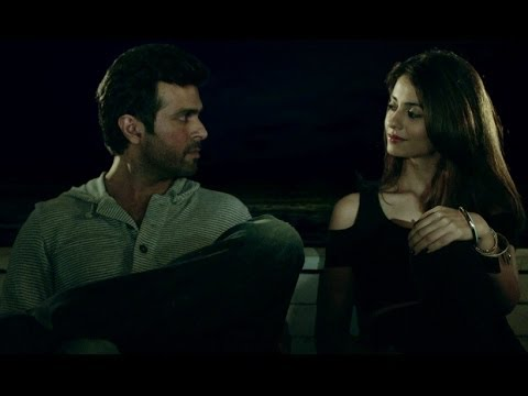 Harman Baweja Takes Ayesha Khanna On A Date - Dishkiyaoon