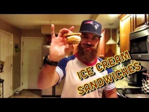 HOMEMADE ICE CREAM SANDWICHES!