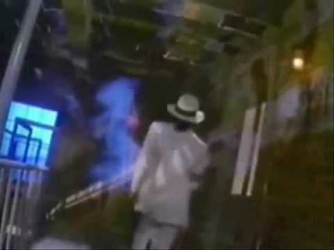 Michael Jackson  Smooth Criminal (OFFICIAL MUSIC VIDEO)