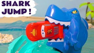 Hot Wheels Shark Jump with Pixar Cars 3 McQueen & DC Comics Justice League with Marvel Avengers 4