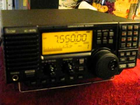 Icom IC-R75 In Action 1
