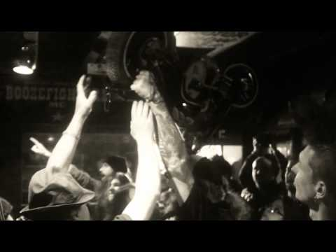 Sexy Girls Dancing Rock N Roll ! desperado By Gun Saloon Especial video