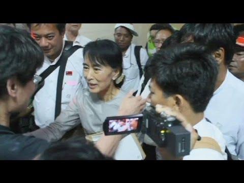 Aung San Suu Kyi cancelou campanha eleitoral