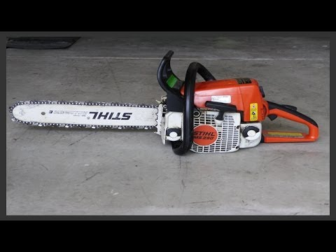How to replace the chainsaw's fuel filter