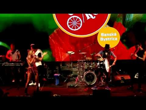 GIPSY CASUAL: Bate Toba Mare  Ministry of fun