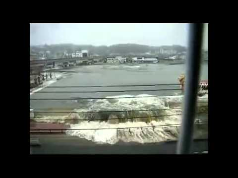 Most Tsunami Japan 2011 - Most Cam Capture Tsunami! video