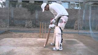 How to take guard and stance in cricket