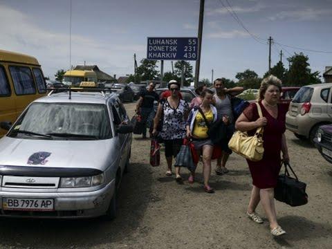 УЖАС! Около полумиллиона граждан Украины уже пересекли границу России  И это еще не конец   Украина