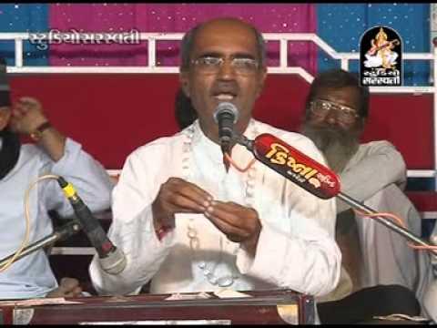 GORAVIYALI  Lakhansi Gadhvi | Gujarati Live Dayaro 2014 | Non Stop Video Song