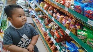 Đồ chơi trẻ em bé pin chạy xe điện đi shopping❤ PinPin TV ❤ Baby toys car shopping