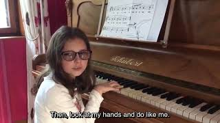Let's play the piano with Arwen