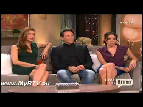 Kathy S02E07 Steven Weber Kate Walsh and Aubrey Plaza