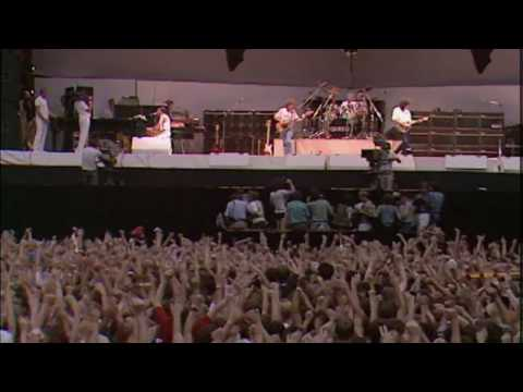 Queen Live Aid 1985 - We Will Rock You - We Are The Champions