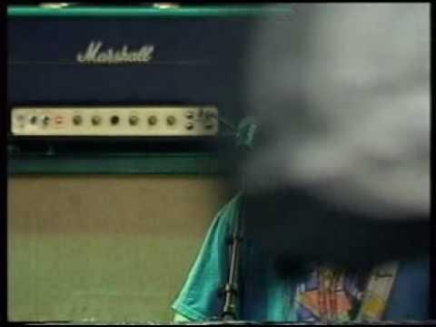 J Mascis and the Fog - Thumb ( Hultsfred Festival 2001)