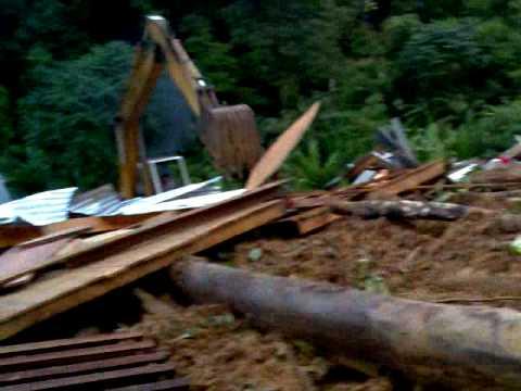 tanah runtuh di km 122 genting highlands sikit tanah runtuh di km 122 genting highlands 480x360