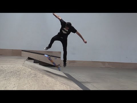 LANCE LIVE SKATE SUPPORT | KICKFLIP TO FAKIE!