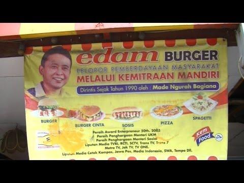 Jakarta Restaurant 3  Edam Cafe  making Love Burger Burger Gila