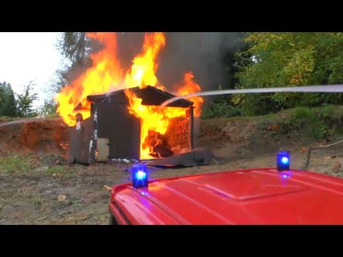 BIG FIRE, HEAVY FIRE IN WAREHOUSE, RC FIRE TRUCK, RC FIRE ENGINE, RC LADDER,Großbrand