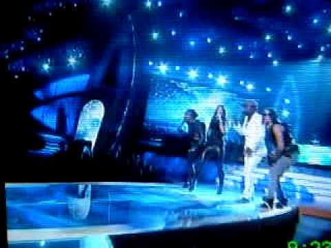 Black Eyed Peas perform I Gotta Feelin at the Teen Choice Awards 2009
