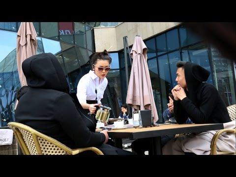 Hola Show - Пранк: Айсауле Бакытбек в Cafe Central