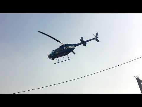 Aterrizan helicópteros en la calle en plena tarde 1/2