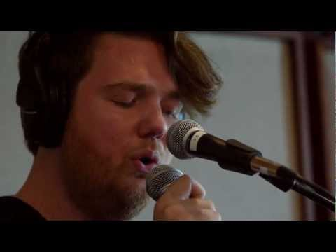 Chad Valley - Fall 4 U (Live on KEXP)