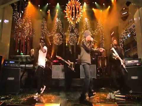Eminem Feat Lil Wayne - No Love Live video