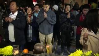 Đón giao thừa Đinh Dậu (2017) tại chùa Huệ Quang, thành phố Westminster, California