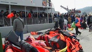 Greece buckles under migrant pressure