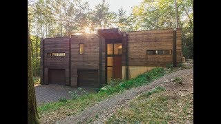 Dwell Home Tours: A Couple's Scenic Getaway in New York's Hudson Valley
