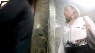 """لحظة وصول ريهام سعيد لـ""""الأعلى للإعلام"""" للتحقيق معها.. ظهرت بالسبحة"""