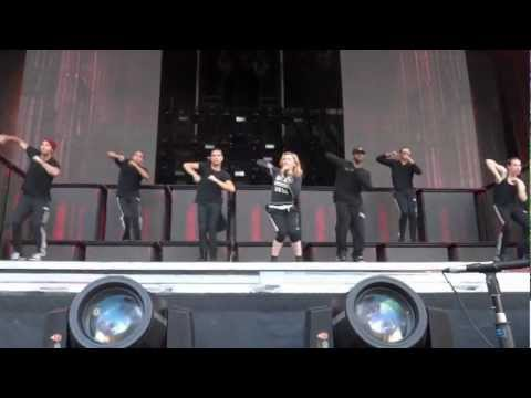 Madonna - Girl Gone Wild (mdna Tour Rehearsal) video