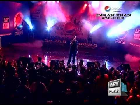 Pata Chal Gaya - Imran Khan Live