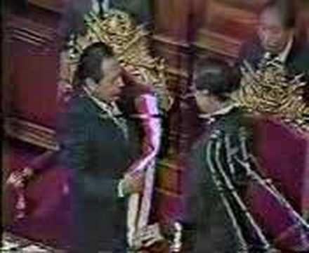 ALBERTO FUJIMORI, proclamado presidente del Perú