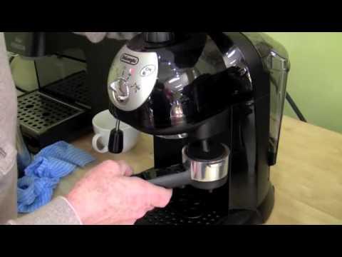 Delonghi Coffee Maker Flashing Light : Delonghi :: VideoLike