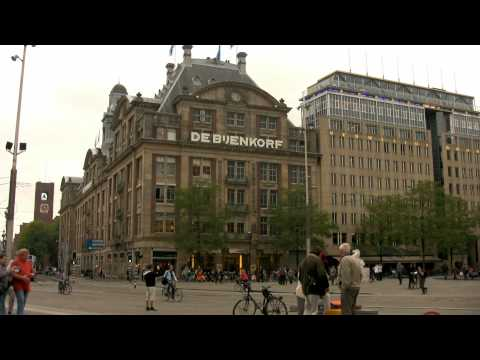 Dam Square --- Amsterdam