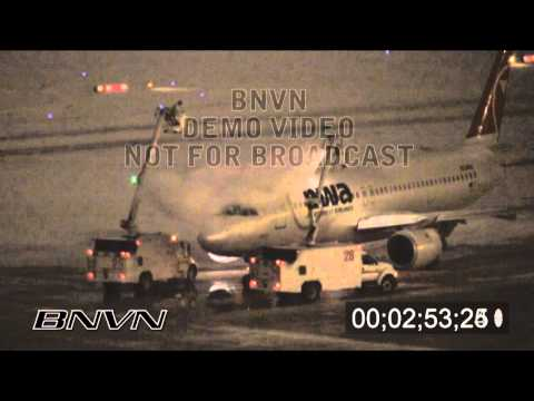 1/3/2009 Deice video at night in HD