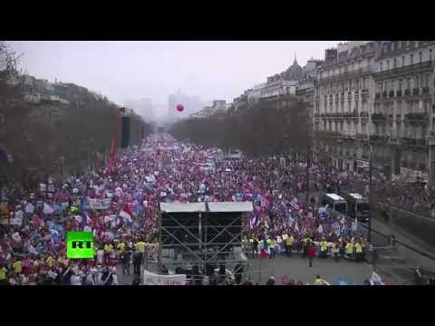 Thousands march in Paris against same-sex marriage and adoption