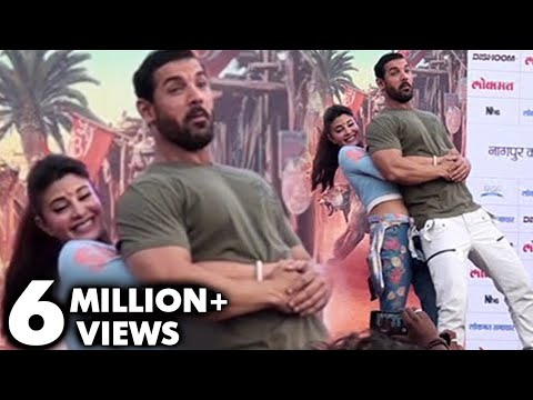 OMG ! Jacqueline Fernandez Lifts Up 94kg John Abraham | Dishoom Promotions