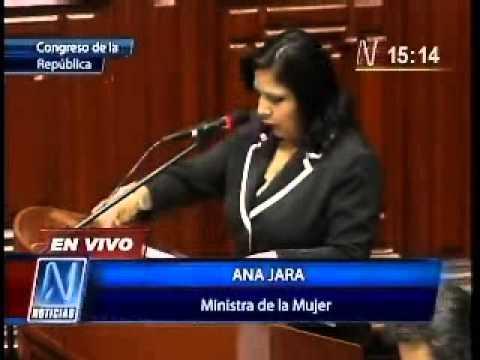 Ministra de la Mujer expone sobre temas del sector en el Congreso