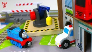 Wooden toy trains for kids - Cars & Trains like brio for kids Toy trains review Thomas & friends
