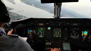 Dash 8 Q400 Visual Approach and Landing