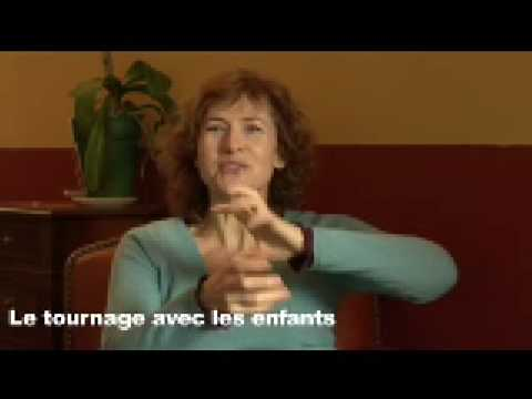 LA COUR DES GRANDS itv de Marie Bunel Video
