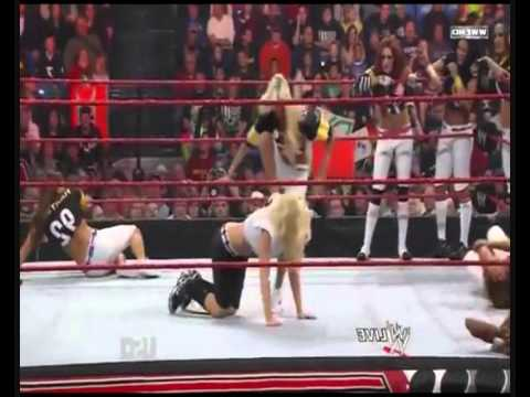 WWE Kelly Kelly & Trish Stratus Finishers